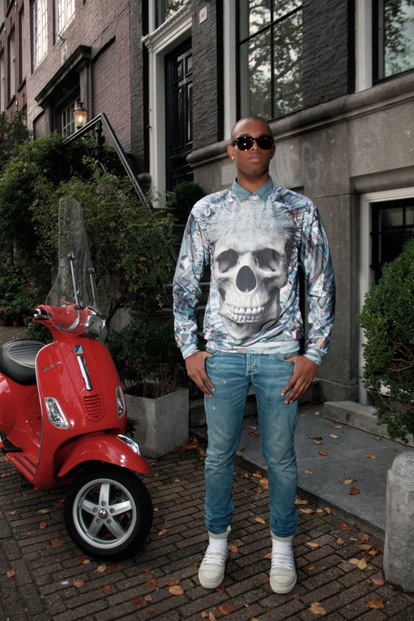 Mr Gugu and Miss Go skull sweater