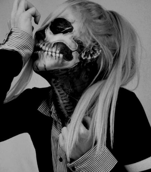 Skull girl makeup