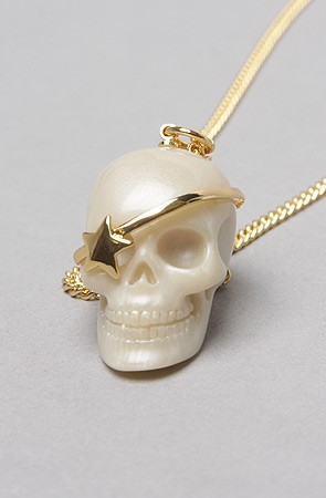 pearl skull necklace
