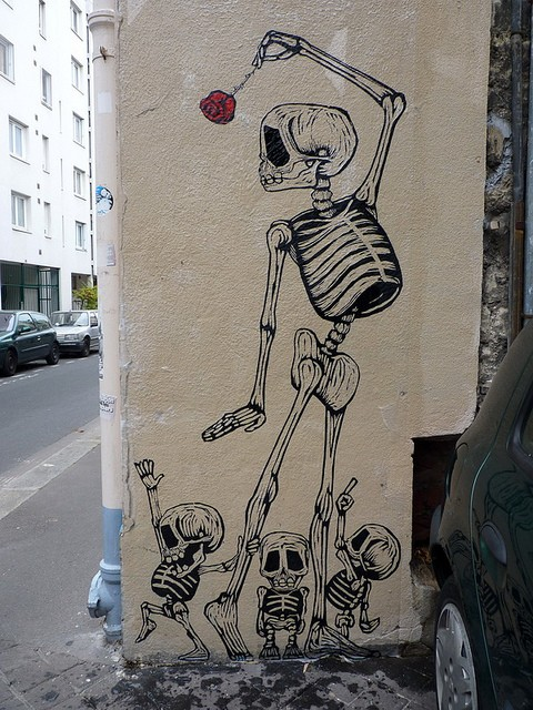 Skull graffiti in Mexico
