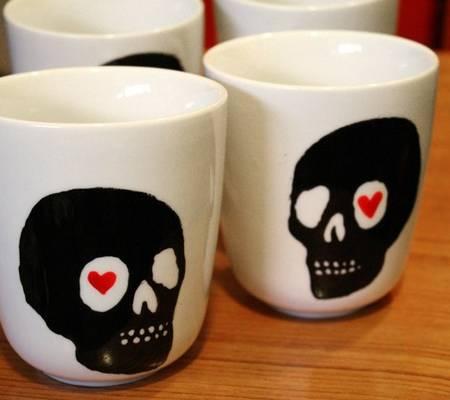 Skull mug 1