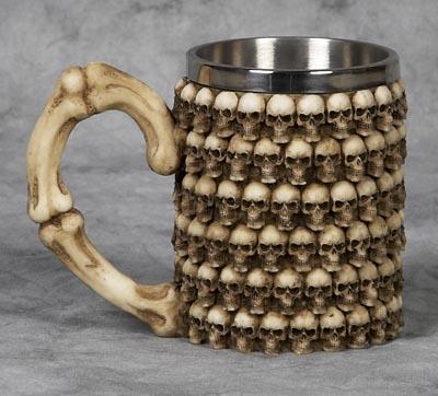 skull mug 4