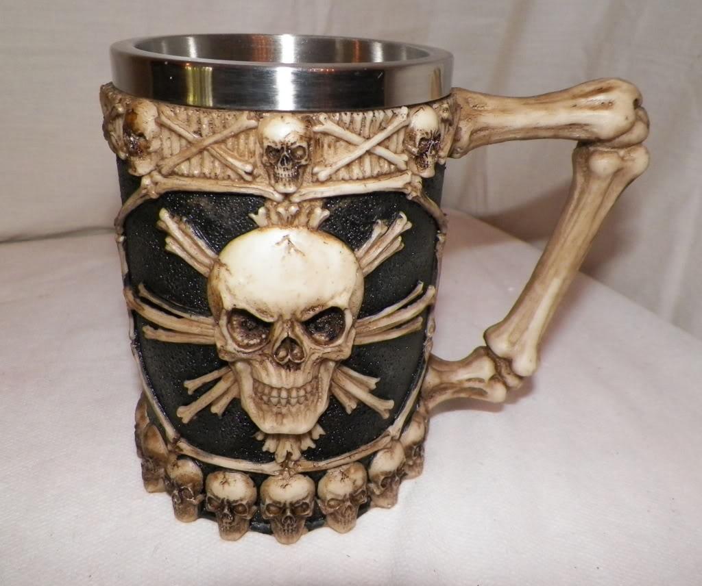 Skull mug 7
