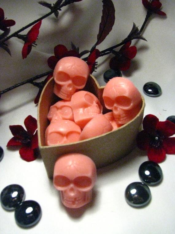 Skull soap 12