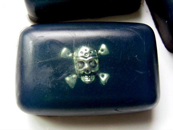 Skull soap 5