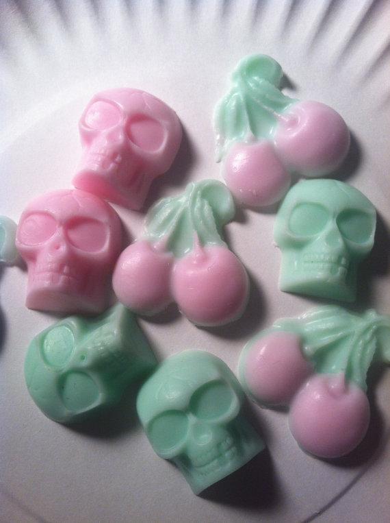 Skull soap 8