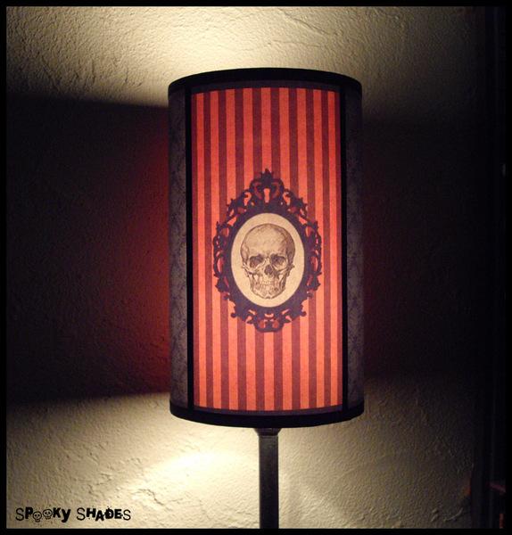 Skull lamp 1