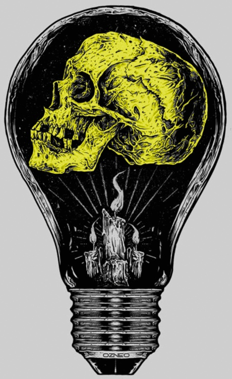 Skull light bulb