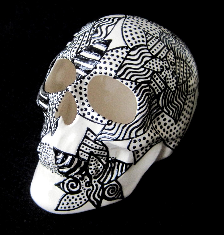 skull ceramic 2