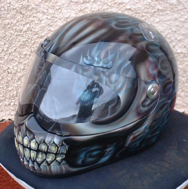 skull design motorcycle helmets 6