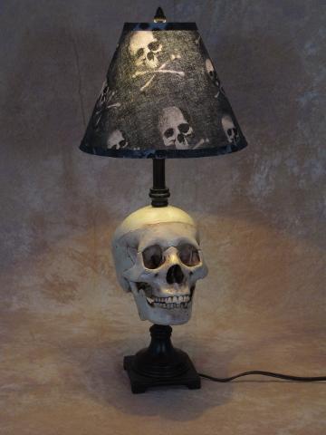 skull lamp 5