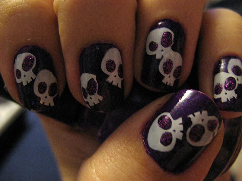 skull nail designs 13