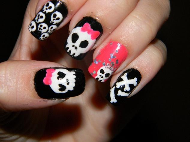 skull nail designs 17