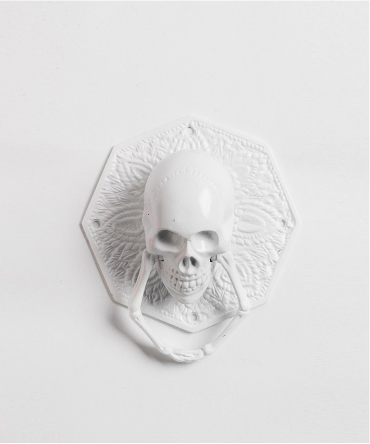 Skull door knocker 2