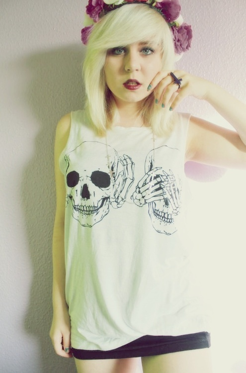 clothing with skull design 1
