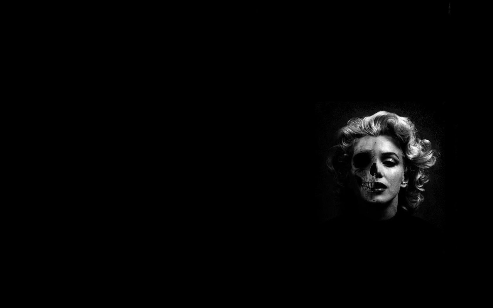Marilyn Monroe skeleton wallpaper