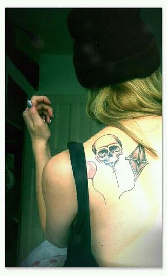 skull balloon tattoo