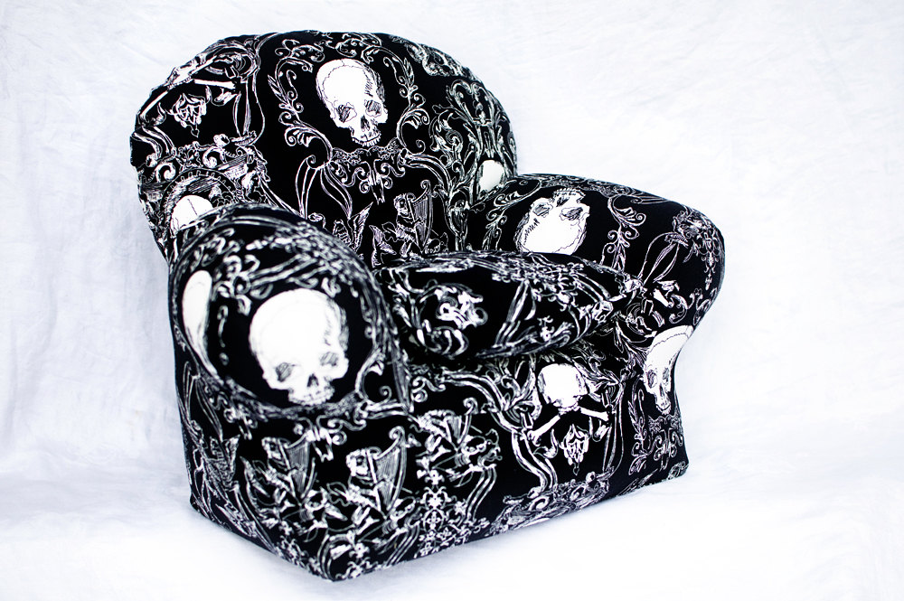 skull furniture black