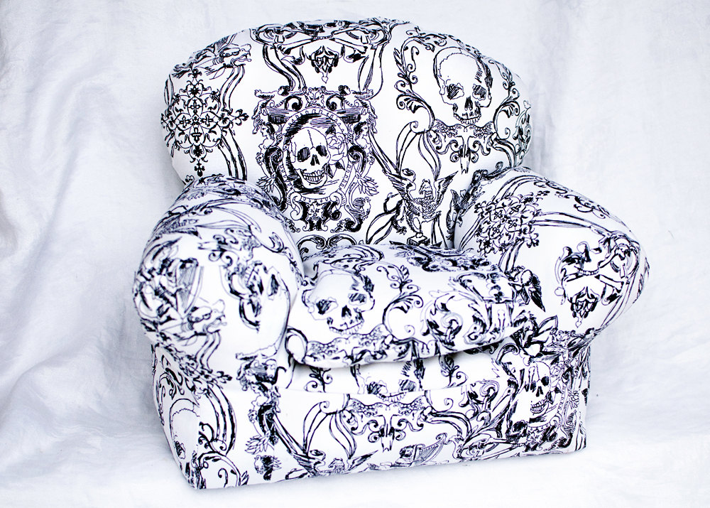 skull furniture white
