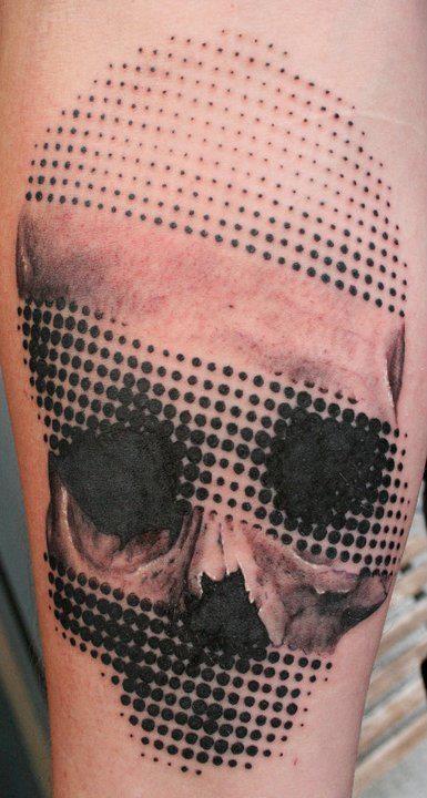 skull halftone tattoo