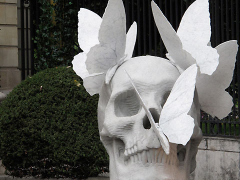 Skull sculptures by Philippe Pasqua 2