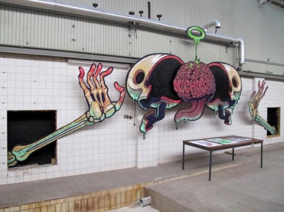 skull street art 1