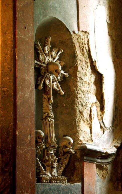 sedlec ossuary wall