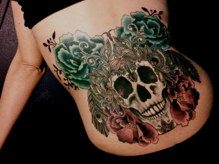 Skull-Tattoos-by-Dodie