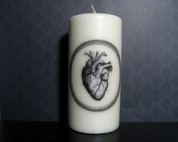 victorian skull candles 2
