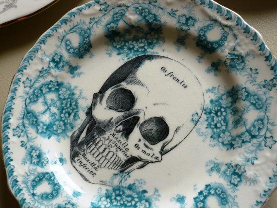 Skull Vintage Plate 1