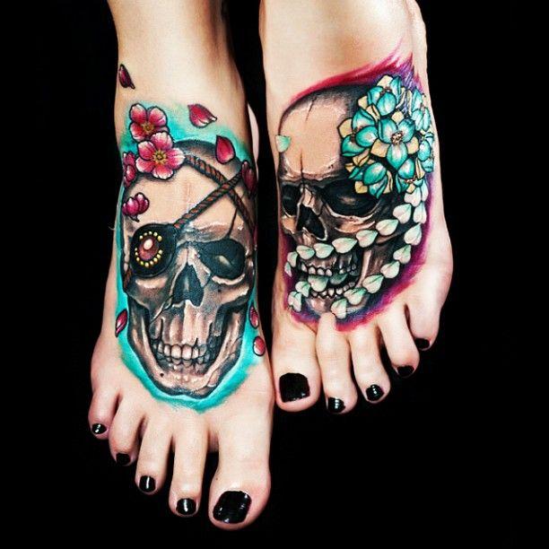 Skull foot tattoos1