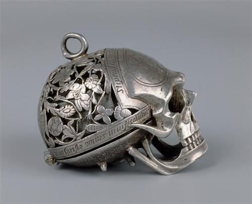 Jean Rousseau skull watch 1