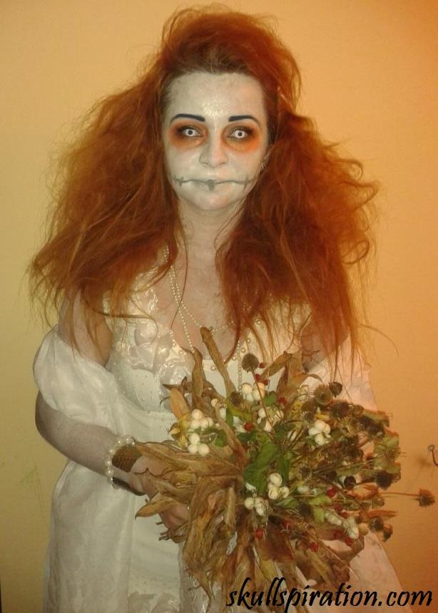 Halloween bride costume