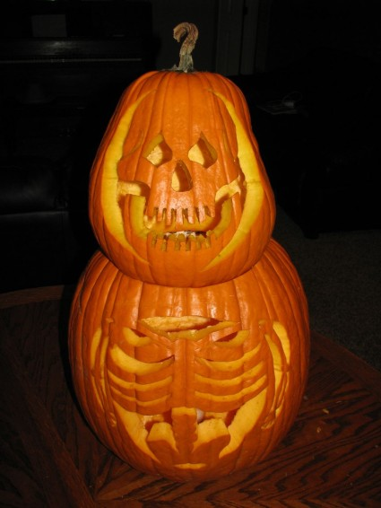 Skeleton-Pumpkin-425x566