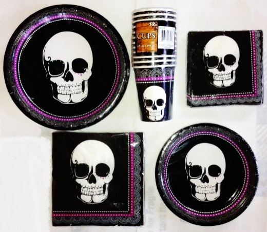 Skull Bone-chilling Halloween Party Supplies & 30 Skull and skeleton Halloween decorations