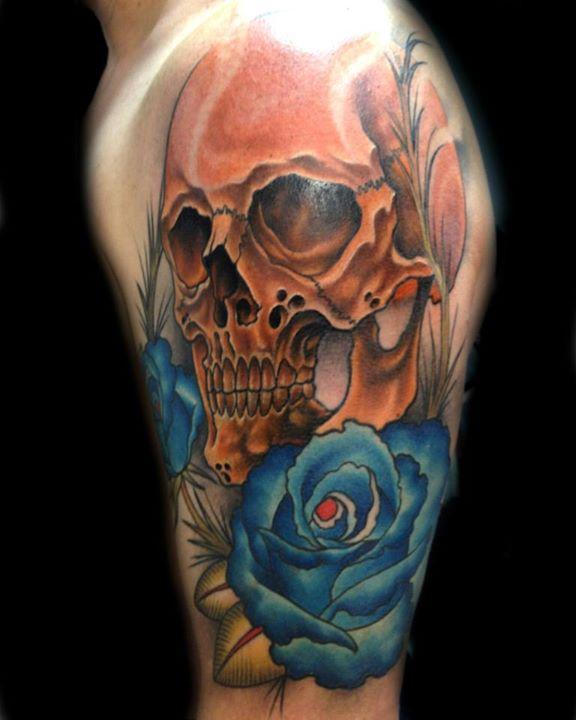 Skull tattoos by Tom Taylor 1