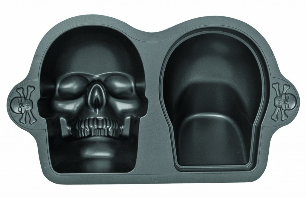 Wilton Nonstick Skull Pan