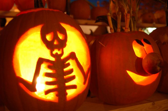 skeleton-and-cartoon-halloween-pumpkin