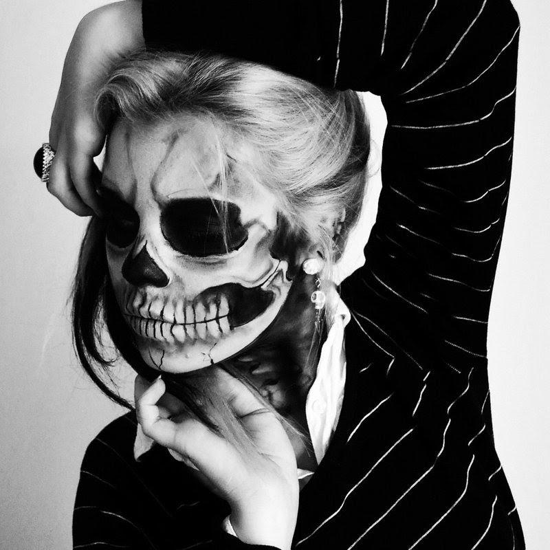 skull makeup for girl