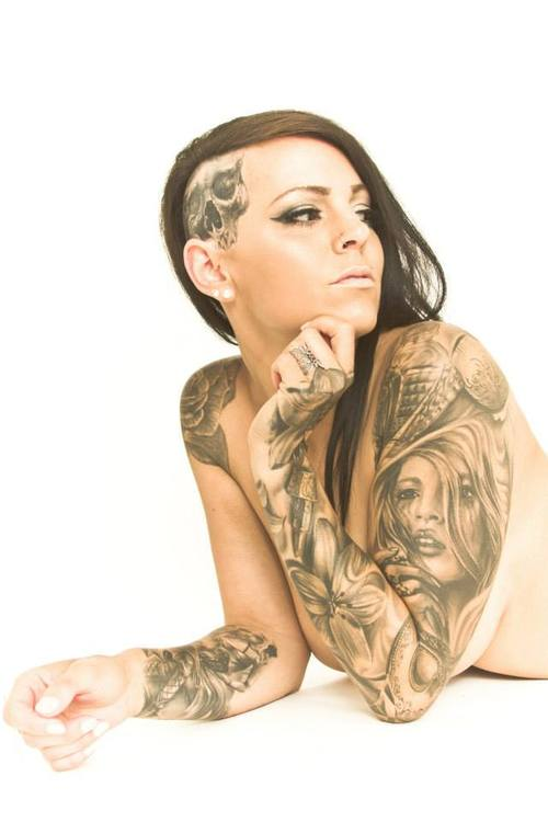 Ashley Lauren