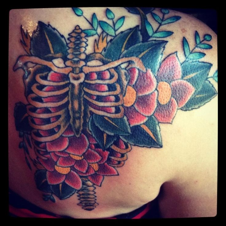Rib Cage Flower Tattoo: 20 Skeleton Rib Cage Tattoo Designs