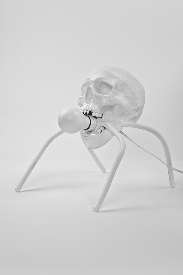 Bubbleskull Lamp 1