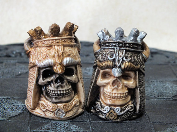 Skull Chess Set (4)