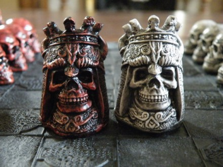 Skull Chess Sets