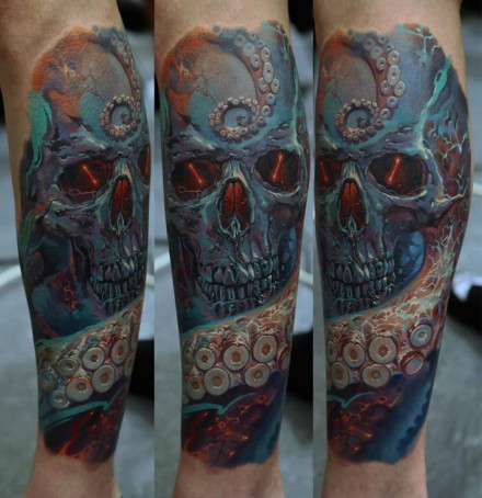 Skull tattoo by Dmitriy Samohin