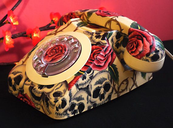 Skulls and Roses Phone