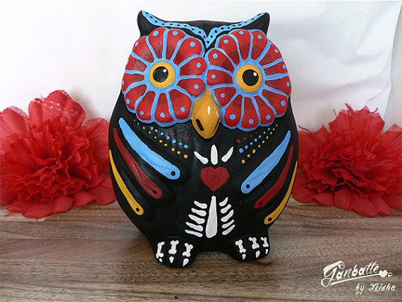 Sugar skull owl sculpture (2)