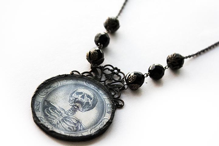 Asunder skull jewelry (2)