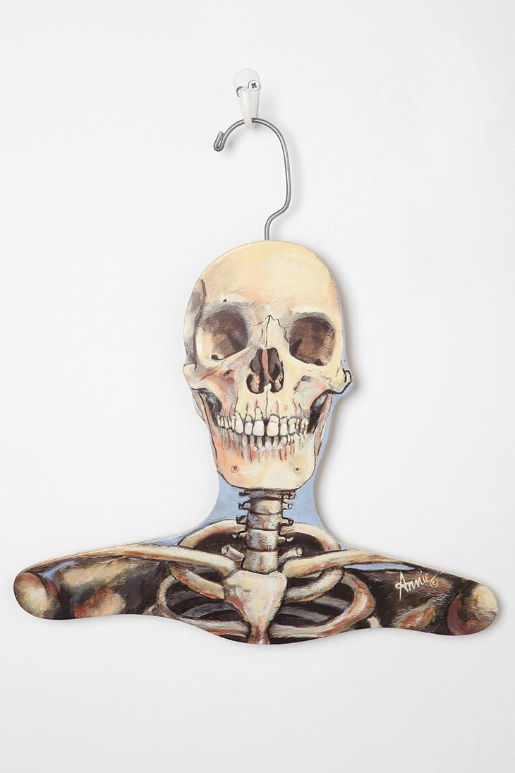 Skull Clothes Hanger