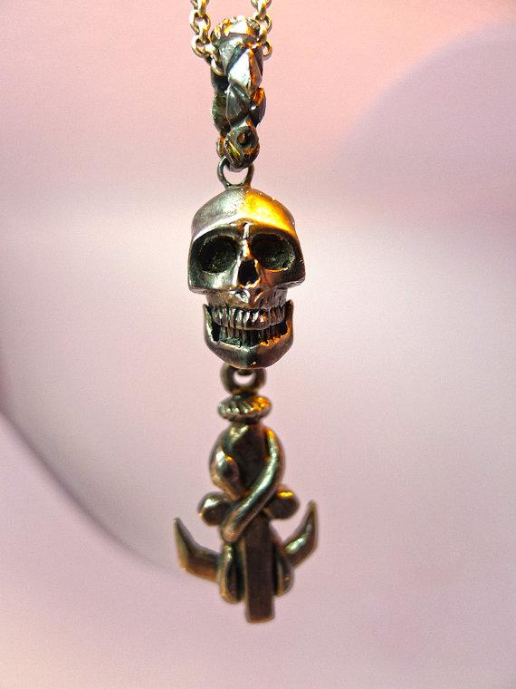 Custom made skull jewelry by Yukee Chen (2)